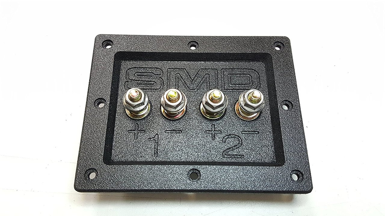 "SMD 2 Channel Heavy Duty Speaker Terminal (Grade 8) (3/4"" PVC Black)"