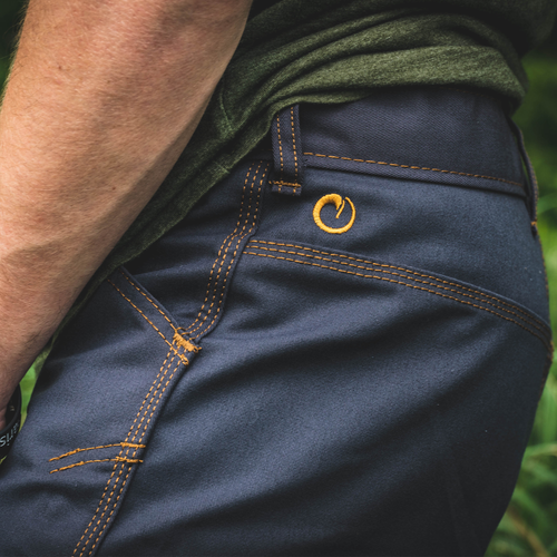 NAVY SHARKFIN CARGO SHORTS