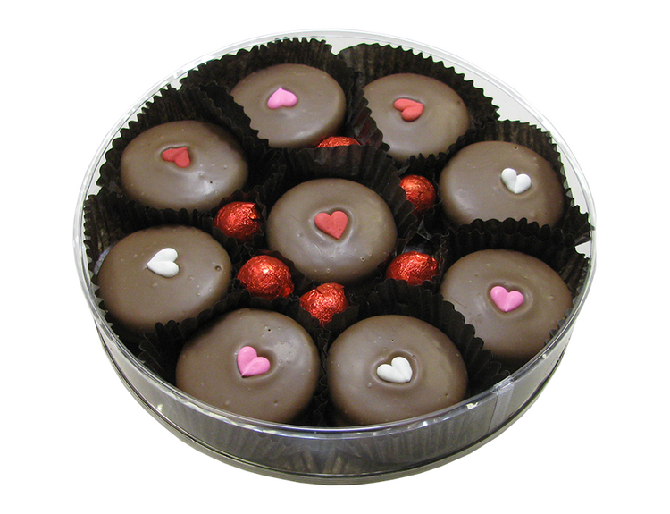 Chocolate covered oreos and foiled solid chocolate balls.  Weighs 8.5 ozs.