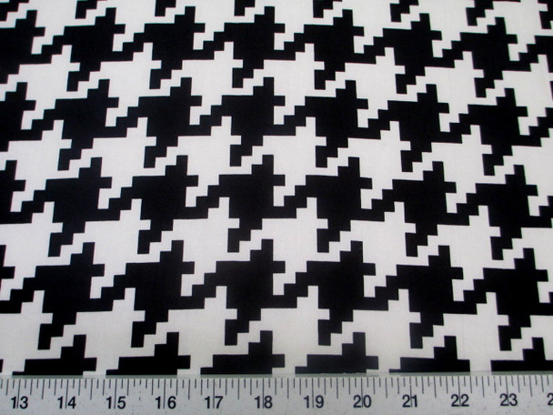 Discount Fabric Printed Jersey Knit ITY Stretch Black White Large Hounds Tooth 401C