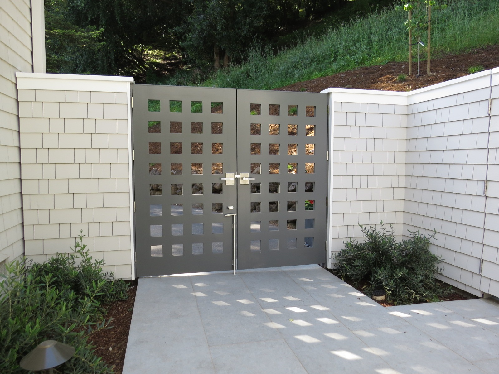 contemporary-custom-gate-with-cane-bolt-and-dummy-handles.jpg