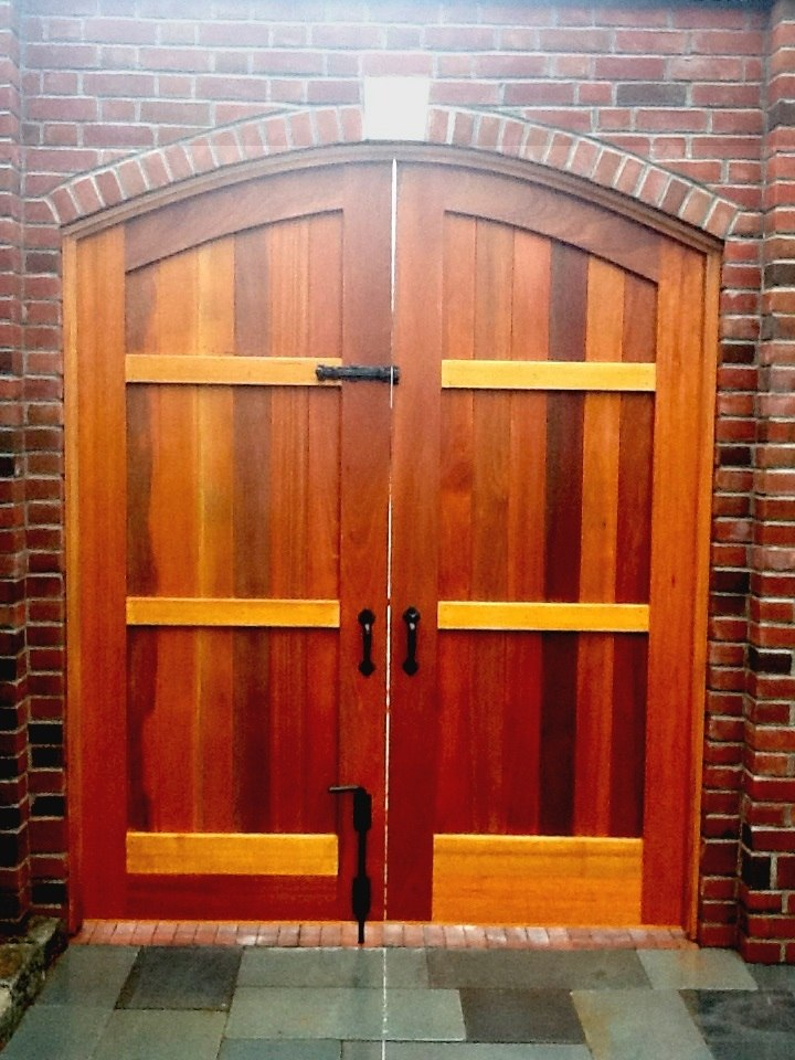 Double Courtyard Gate With Coastal Bronze Slide Bolt 70 300 And Cane Bolt 80 100