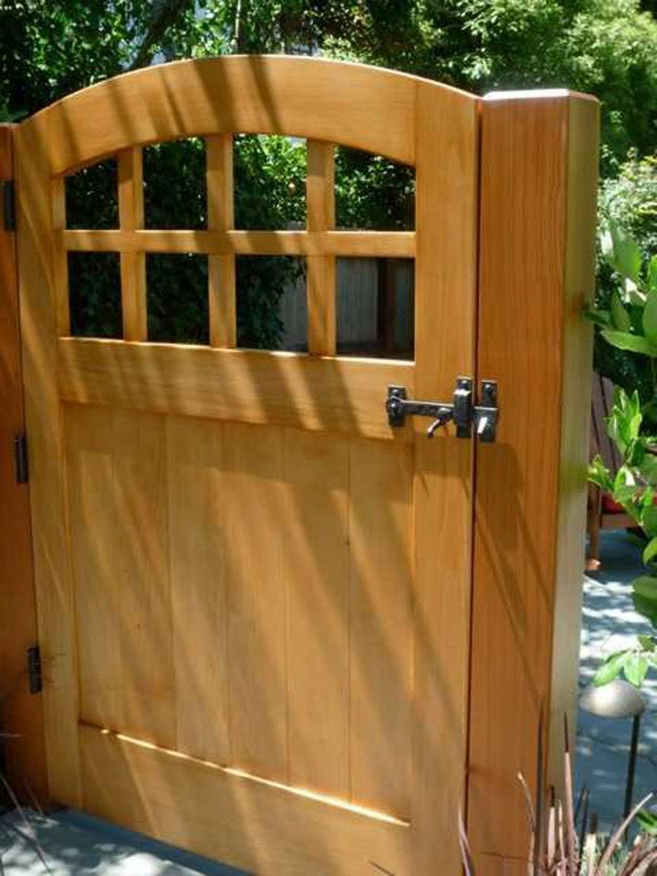 Wood Gate With Coastal Bronze Thumb Latch 40 300 Straight And Heavy Duty Bronze Gate Hinges 30 400 30 410