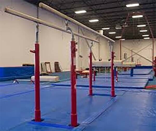 Parallel Bars 14' x 16' x 20cm Fitted Mat System
