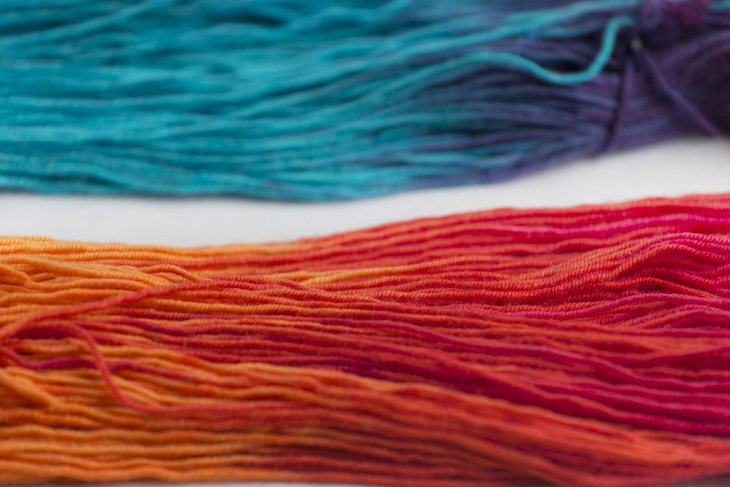 TIE DYE 'RESILIENT' SUPERWASH MERINO SOCK