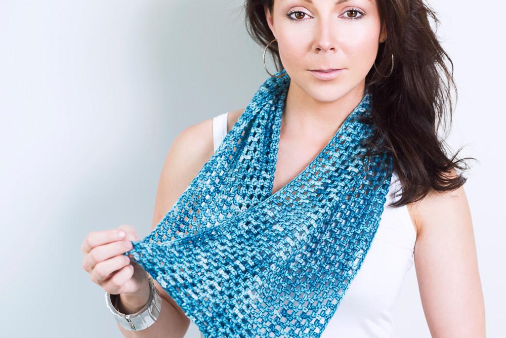 Beginner's Crochet Infinity Scarf Kit - Choose Your Color
