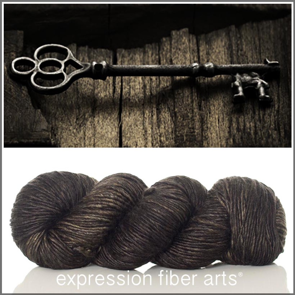 BLACKENED BRONZE 'PEARLESCENT' WORSTED