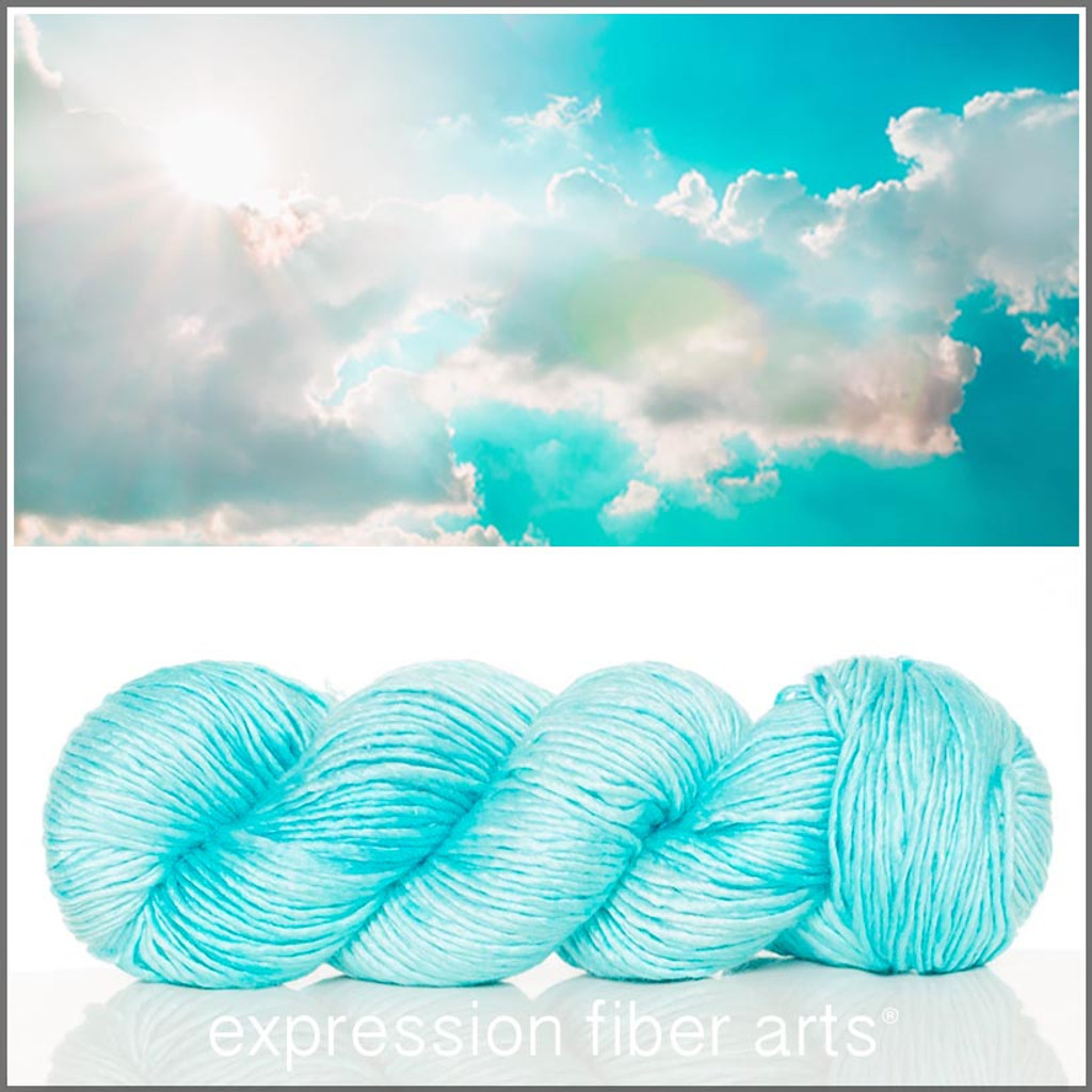 RADIANCE 'PEARLESCENT' WORSTED
