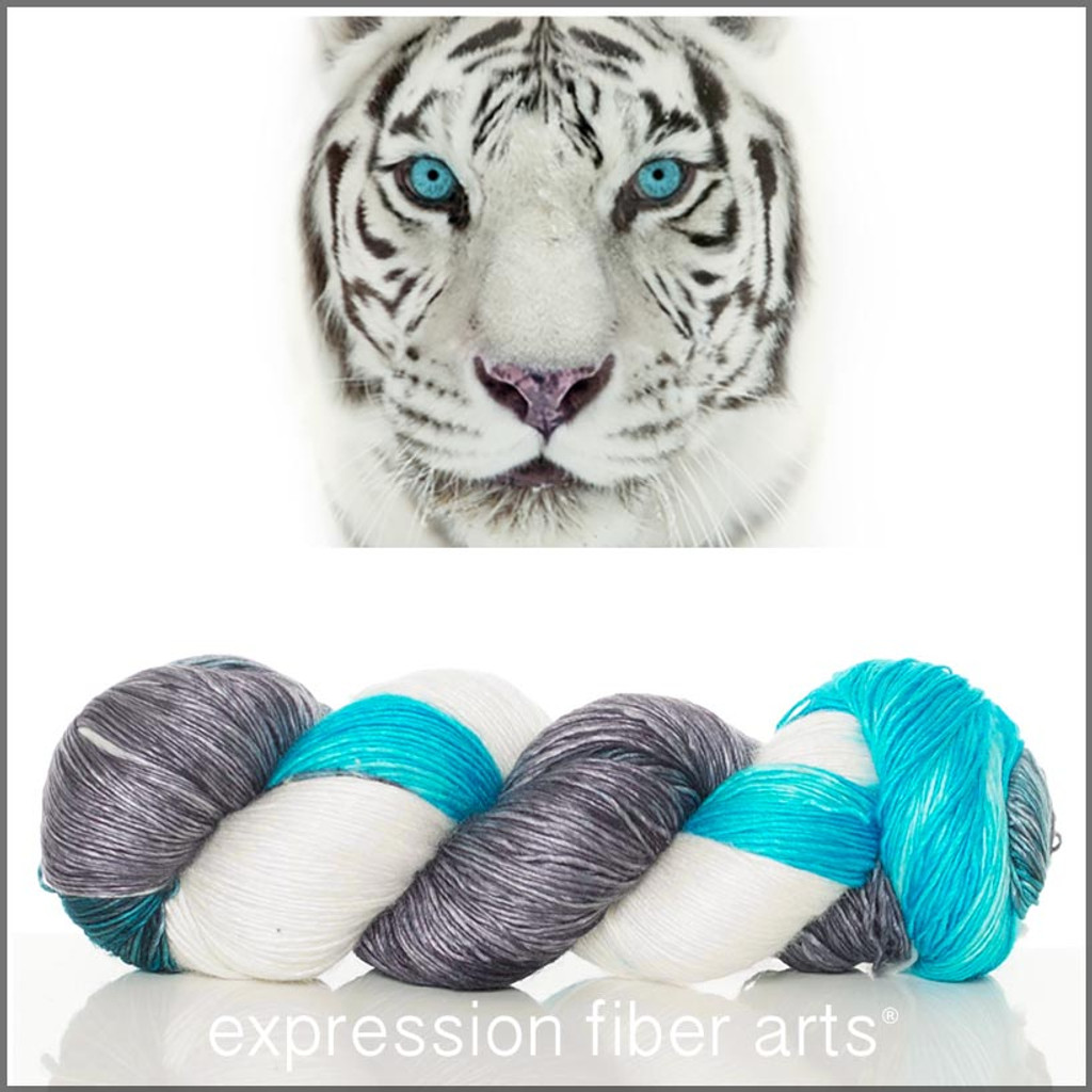 WHITE TIGER 'PEARLESCENT' FINGERING