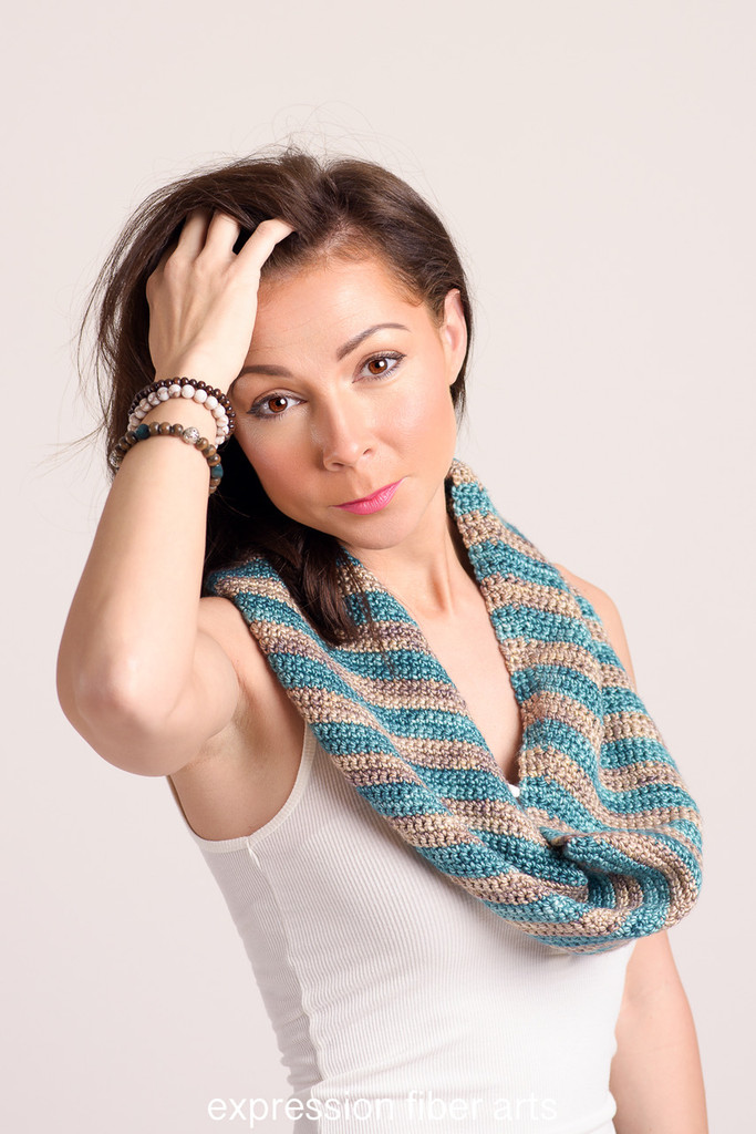 Twist How To Crochet An Angled Striped Infinity Scarf For Beginners