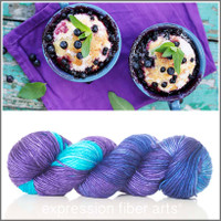 BLUEBERRY PIE 'PEARLESCENT' WORSTED