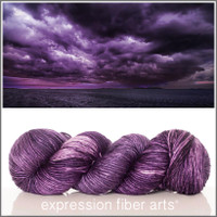 AMPHITRITE 'PEARLESCENT' WORSTED