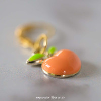 Peaches and Cream 'PEARLESCENT' FINGERING + Stitch Marker