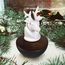 Ellia® ARM-P150BK-EO11 Champion Stag Head - Essential Oil Diffusser - 10ml SnowGlobe Included