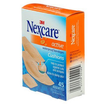 Nexcare Active Strips Bandages Assorted Sizes, Pack of 45 (3M-AT201)