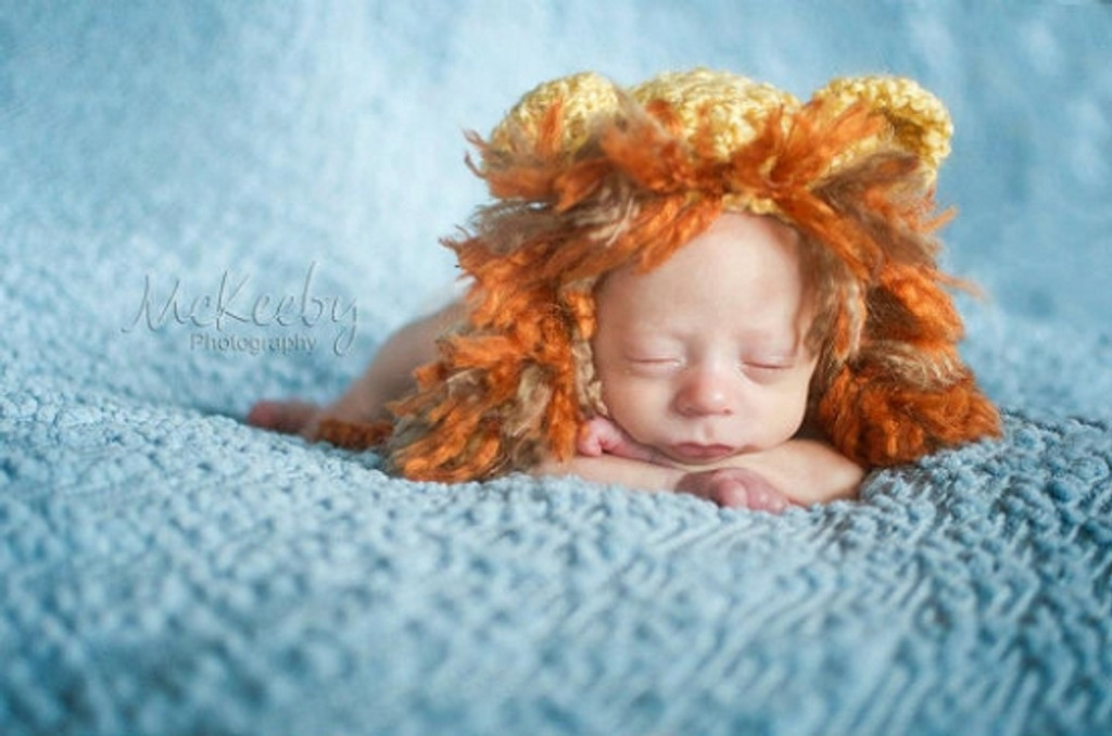 Knitted Lion Hats (Set of 2)