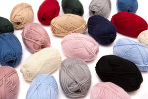 100% Pure Wool Yarn Superwash Set of 3 Skeins (150 Grams) DK Weight