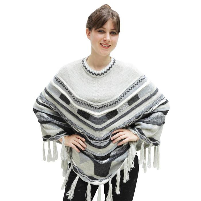 Womens Superfine Alpaca Wool Intarsia Poncho One Sz