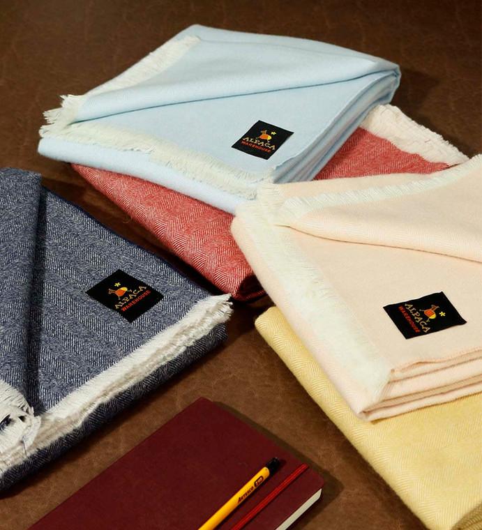 "100% Royal Alpaca Wool Blanket Throw Geometric Design for Bed Couch Sofa Soft Warm Peruvian Alpaca Wool Blankets 76"" x 52"""