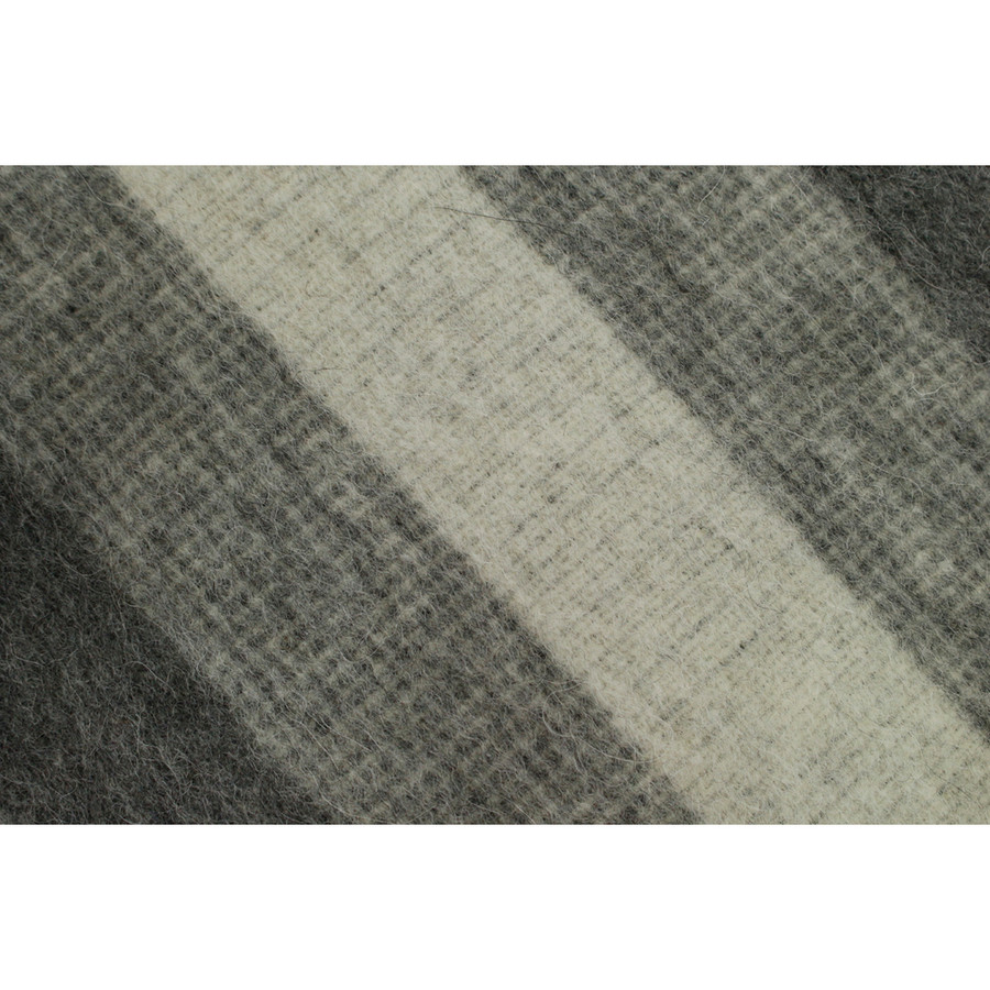 Soft Gray/Gray/Silver Gray