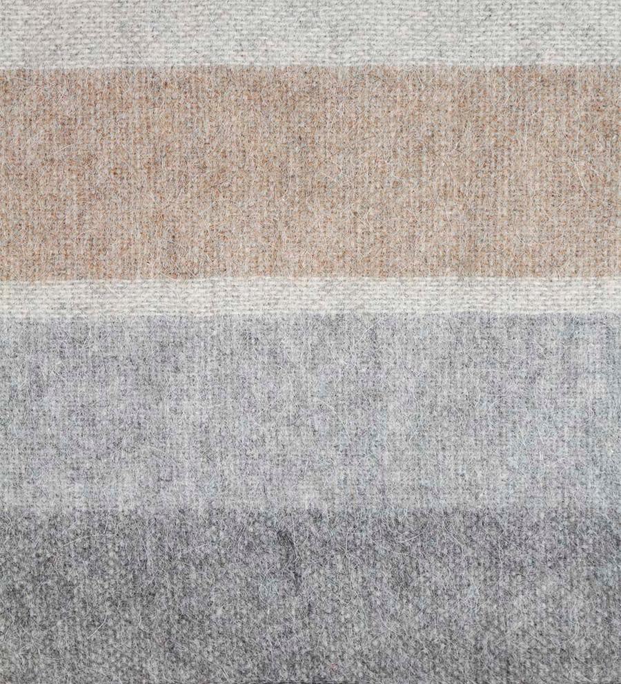Soft Gray/Silver/Soft Camel