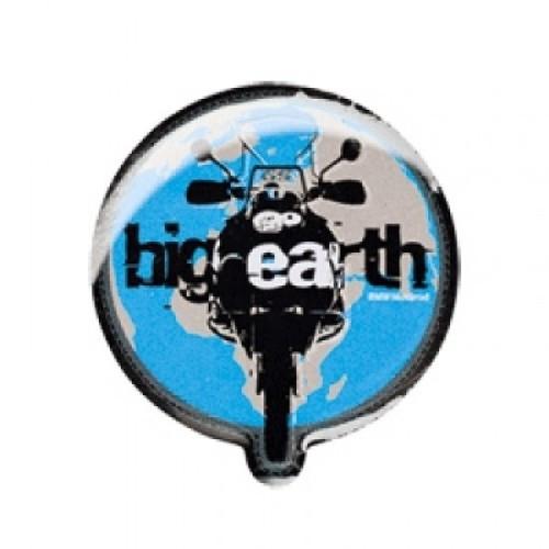 BMW Pin Earth