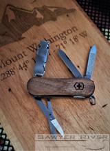 Victorinox Swiss Army Nail Clip 580 - Walnut Handle