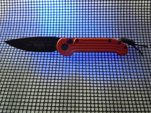 MICROTECH  L.U.D.T. ORANGE WITH BLACK S/E BLADE
