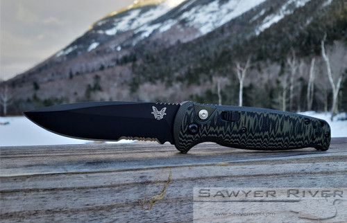 BENCHMADE 4300SBK CLA GREEN AND BLACK G10