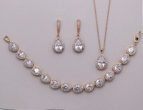 Addison Dangle Teardrop Jewelry Set