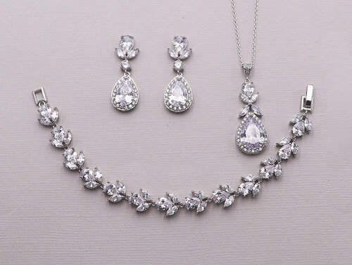 Tulips Wedding Jewelry Set
