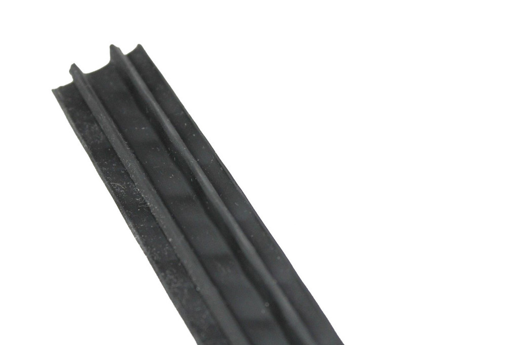 Thule AeroBlade Replacement 1350mm Top Cover Strip 8525402004