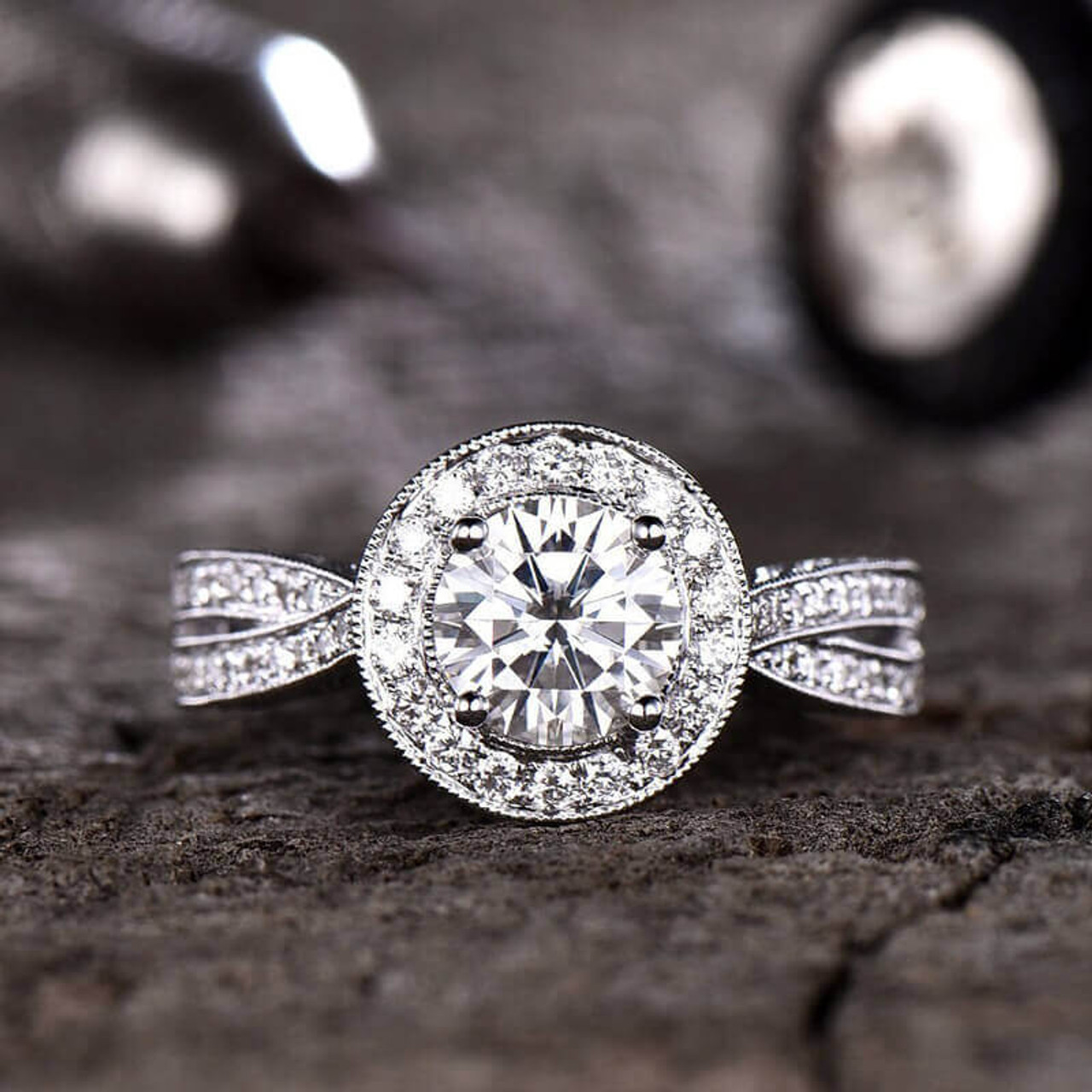 Details about  /Round Cut Solitaire Style Ladies Engagement Ring Wedding Bridal 2 Piece Band