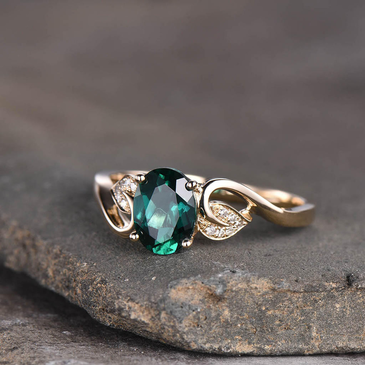 Gold Vintage Ring Emerald Ring Created Emerald Emerald Engagement Ring Gold Ring Gold Engagement Ring Vintage Ring Gold Emerald Ring