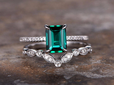 Emerald ring,emerald engagement ring,wedding set