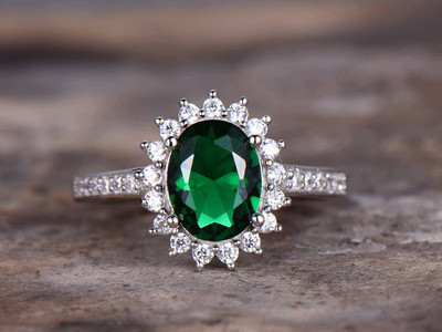 Emerald ring,emerald engagement ring
