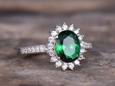 Emerald Ring 6x8mm Oval Cut Emerald Engagement Ring Princess Diana