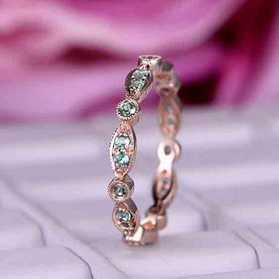 Alexandrite matching band in 14k Rose gold 0