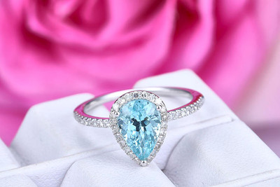 6x9mm Pear Cut Aquamarine Engagement Ring