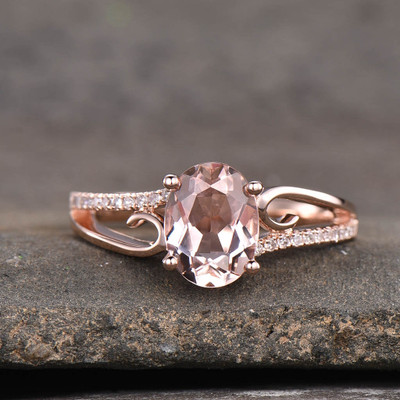 Oval Cut Morganite Engagement Ring