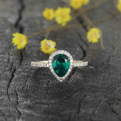 Pear Shaped Emerald Engagement ring 14k Yellow gold