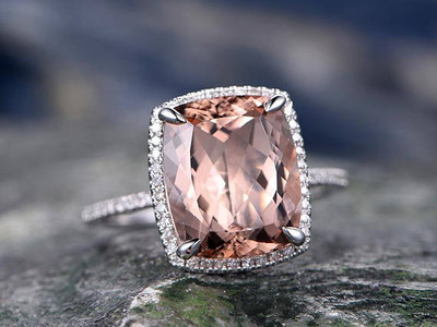 Morganite ring  gold