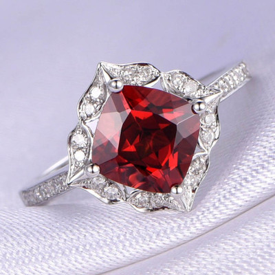 8mm Cushion Cut Natural Red Garnet Engagement ring 0