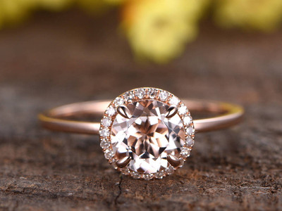 Round Morganite Engagement Rings