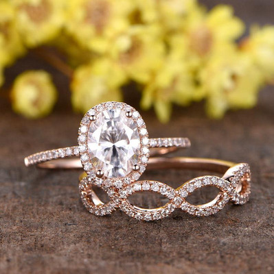 Oval Moissanite Wedding Sets