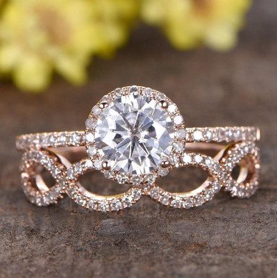 1 Carat Round Moissanite Wedding Sets