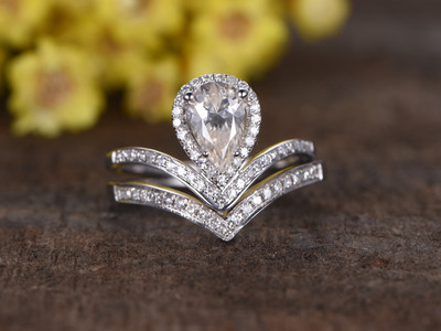 5x7mm Pear Shaped Moissanite Bridal Sets Diamond Wedding Ring 14k White Gold Cuved V Matching Band