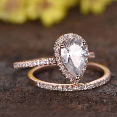 1.5 Carat Pear Shaped Moissanite Engagement Ring Set-BBBGEM Rose Gold Moissanite Ring