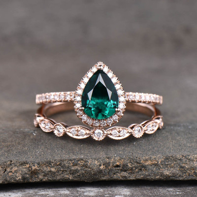 emerald wedding set rose gold