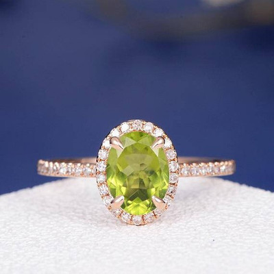 Oval Peridot Engagement Ring 0